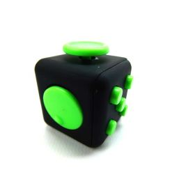 BIGOCT Fidget Cube relieves the stress and anxiety of the black / green toy